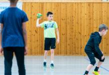 Håndballtreing i Hitrahallen